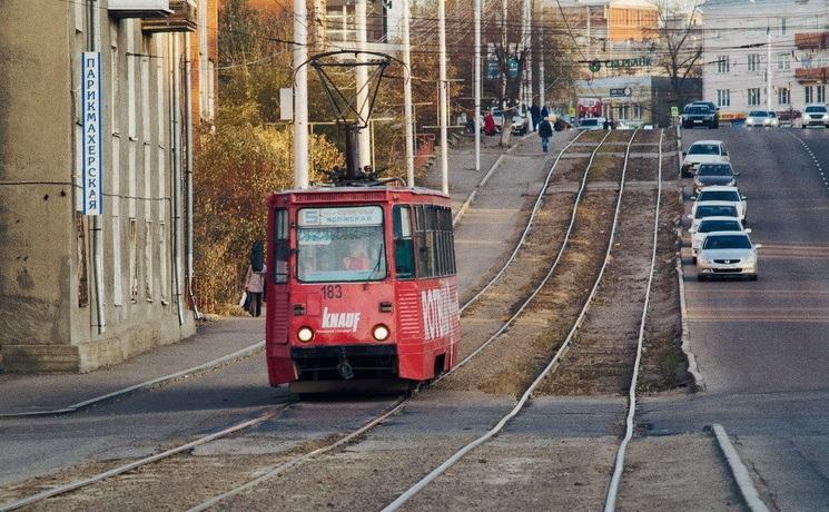 Электронные социальные проездные билеты начали выдавать вИркутске