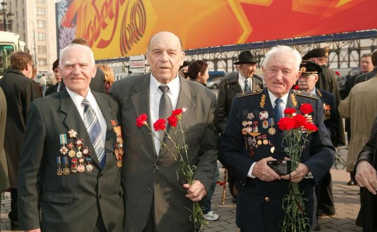 Неменее 6,5 тыс. ветеранов бесплатно проехали вгородском транспорте столицы