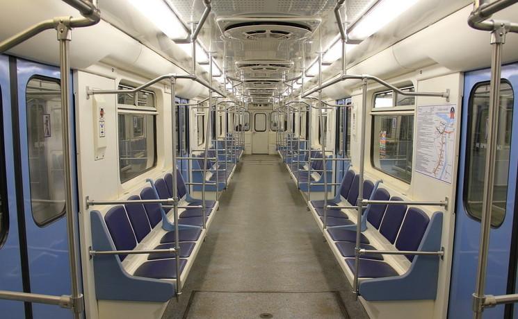 Остановки вНижегородском метро будут объявляться на 2-х языках