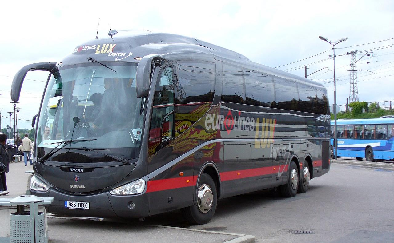 Запущен 1-ый прямой автобусный маршрут изПетербурга вТарту