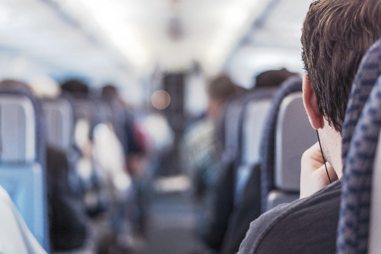 Чешские студентки в поезде 14 фотография